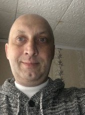 Andrey Kuleshov, 43, Russia, Moscow