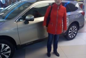 Larisa, 52 - Just Me