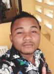 Gonsalo, 27  , Paramaribo