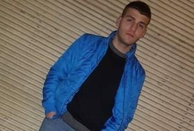 Memet Semih, 18 - Just Me