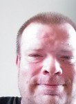 Tony, 43  , Utica