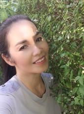yanee, 50, Thailand, Surin