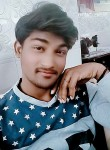 Md, 18, New Delhi