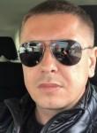 Serhii, 35  , Chicago