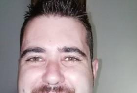 Ricardo, 31 - Just Me