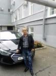 ildus, 52  , Kazan