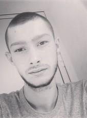 Юрий, 19, Ukraine, Kiev