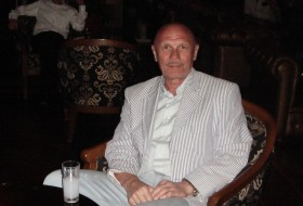 Georgiy, 60 - Just Me