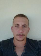 Roccoco, 29, France, Bordeaux