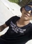 Aymen, 24  , Tunis