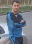 Andrei, 18  , Bucharest