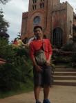 Raniel, 24  , Quezon City