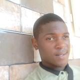 Michée, 18  , Libreville