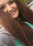oksana, 21  , Yelizovo