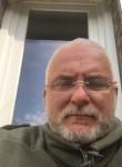fabien, 57  , Paris