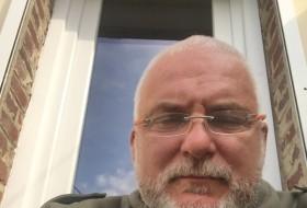 fabien, 59 - Just Me