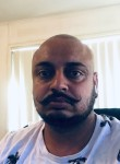 BABBU, 35, Melbourne