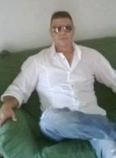 Massy, 49, Romania, Roman