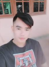 Hoy Thorxaishee, 30, Laos, Vientiane