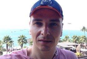 Tim, 33 - Just Me