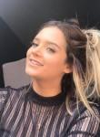 Yesenia Ruiz, 19, Ixtapa-Zihuatanejo