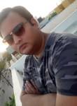 Purujeet , 34  , Dewas