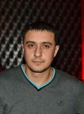 Maksim, 32, Russia, Kerch