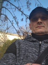 Maksim Fedov, 41, Russia, Sevastopol