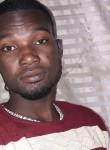 Ousseynou, 33  , Saint-Louis
