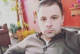 Lio, 37 - Just Me