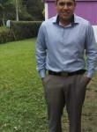 Isidro , 27  , Santa Catarina