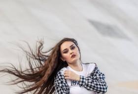 Katya, 19 - Just Me