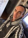 William, 31  , Oyonnax