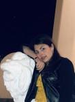 loredana, 20  , Rome