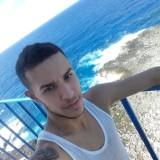 Roberto , 20  , Havana
