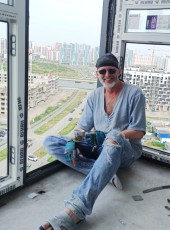 PRIZRAK, 58, Russia, Saint Petersburg