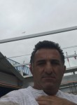 Hüseyin, 46  , Rennes