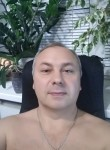 vladislav, 49  , Krasnohrad