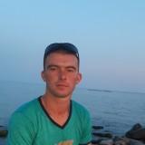 Oleg, 25  , Novoukrayinka