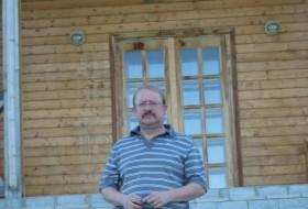 Albert, 57 - Just Me