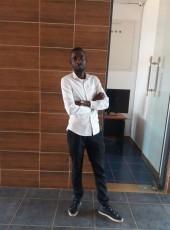 jose zacarias, 25, Mozambique, Chimoio