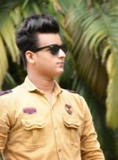 Faizy, 22, India, Mumbai