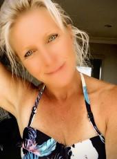 Nina, 40, New Zealand, Waitakere