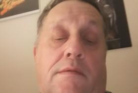 Ñorbert, 65 - Just Me