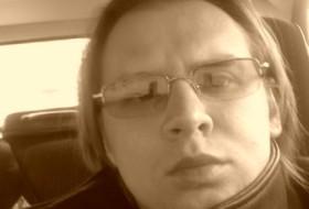 mikhail, 40 - Just Me