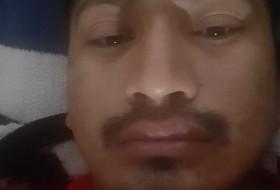 Alfredo, 18 - Just Me