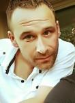Olivier, 37, Concarneau