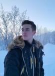 Kirill, 19  , Saint Petersburg