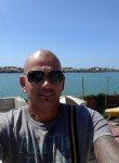 tonymanera, 43  , Fiumicino-Isola Sacra