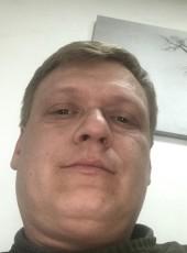 Alexey, 41, Russia, Klimovsk